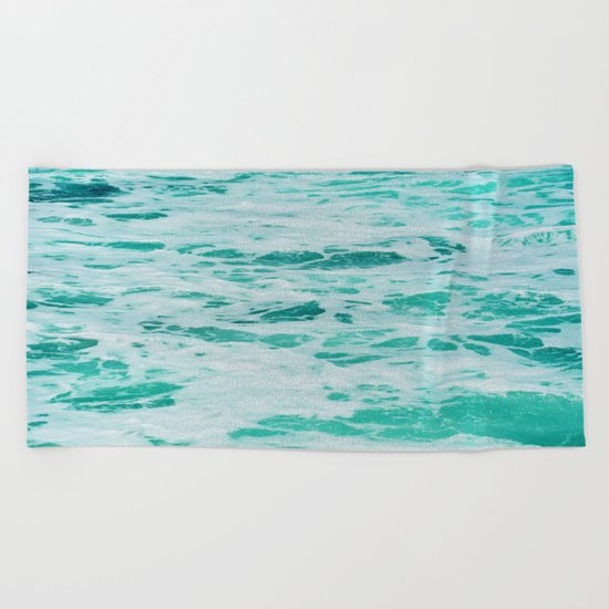 teal waves Beach Towel