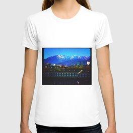 Where the mountains meet the sea. T-shirt