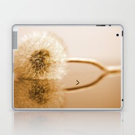 Dandelions on the macro level Laptop & iPad Skin