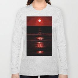 Capturing the Blood Moon Long Sleeve T-shirt