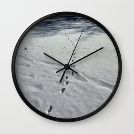 Fox tracks in snow * Wall Clock