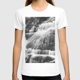 Wild waters. Mountain waterfall. Sierra Nevada T-shirt
