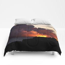 Lava Vaporizes Ocean Comforters
