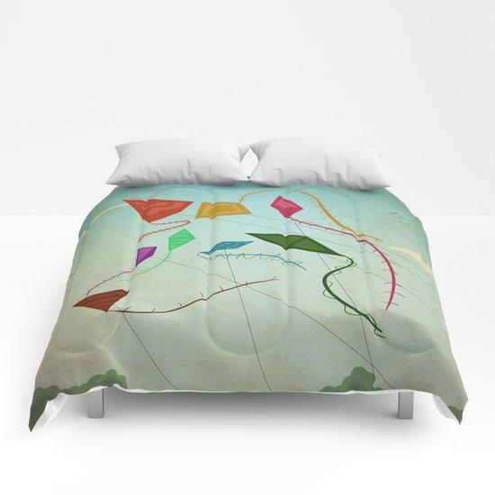 flying wolf Comforters