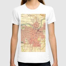Vintage Map of Topeka Kansas (1951) T-shirt