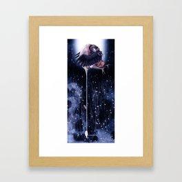 Oeuf cassé Framed Art Print