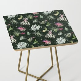 Tillandsia green Side Table