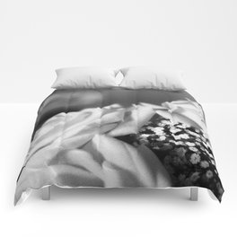 White Roses Comforters