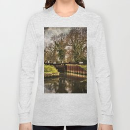 Sulhamstead Lock on the Kennet and Avon Long Sleeve T-shirt