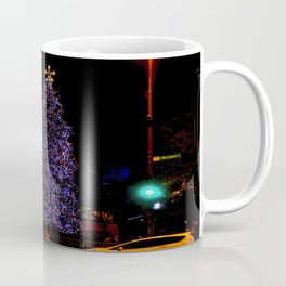 Even Streetlights Blink a Bright Red and Green (Chicago Christmas/Holiday Collection) Coffee Mug