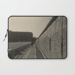 Berlin Wall goes on forever Laptop Sleeve