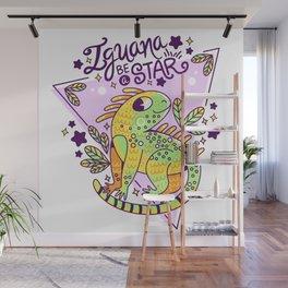 Iguana be a star Wall Mural