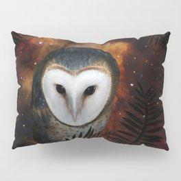 Barn owl at night Pillow Sham