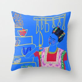 FRIDA KAHLO AND HER KNIFE Throw Pillow