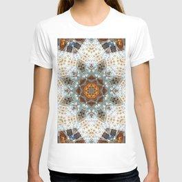 Sagrada Familia - Mandala Arch 1 T-shirt