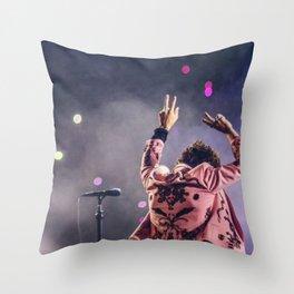 Harry styles peace Throw Pillow