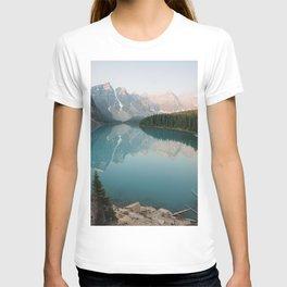 Pastel Sunrise over Moraine Lake T-shirt