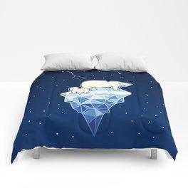 Polar bears on iceberg Comforters