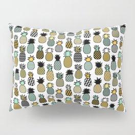 Geometric Pineapples Pillow Sham