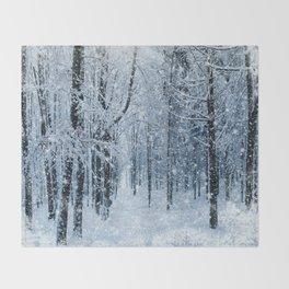 Winter wonderland scenery forest  Throw Blanket