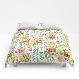 Giraffe in the jungle Comforters