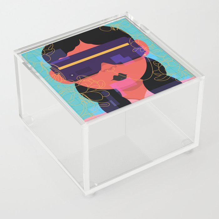 Drifting Acrylic Box