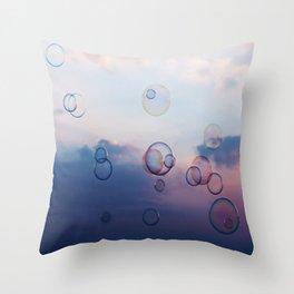 die Leichtigkeit des Seins Throw Pillow