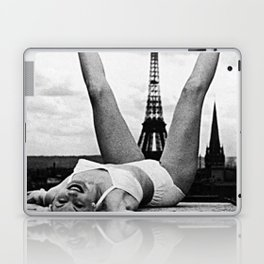 Retro Woman in Vintage Paris Laptop & iPad Skin