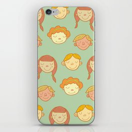 happy little faces. iPhone Skin