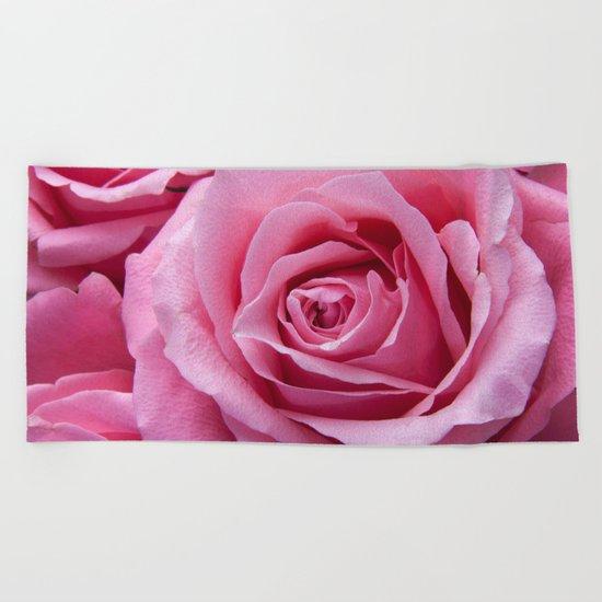 Pink roses Beach Towel