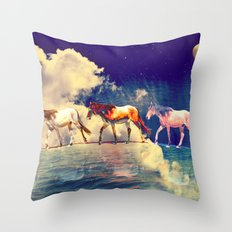 Horse to the moon Throw Pillow