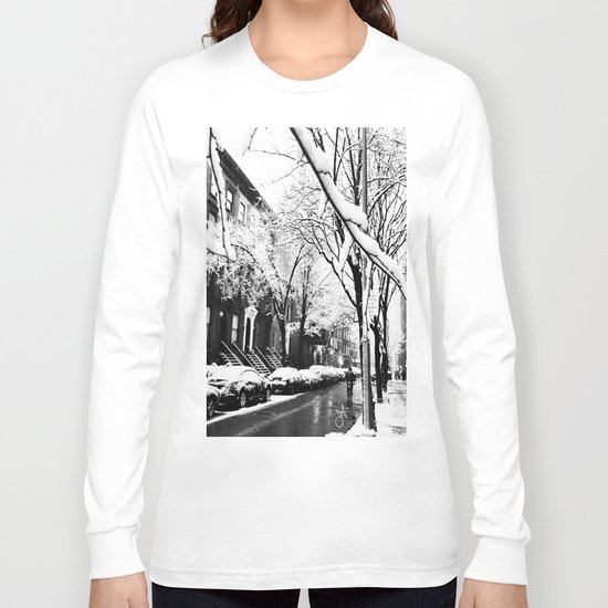 Black and White Photo of the Beautiful Brooklyn Heights covered in icy snow Long Sleeve T-shirt