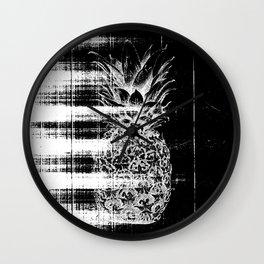 Anatomy of a Pineapple Wall Clock