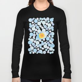 Hibiscus reflected in a drop of bubble_Y Long Sleeve T-shirt