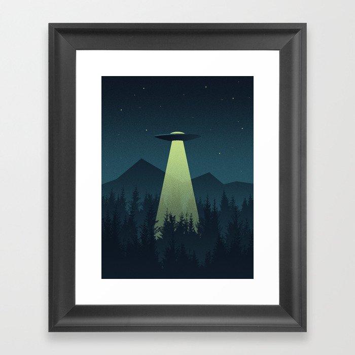 Forest UFO Gerahmter Kunstdruck
