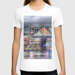 Baltimore Inner Harbor National Aquarium Skyline At Night T-shirt