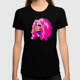 QUEEN TRIXIE MATTEL T-shirt