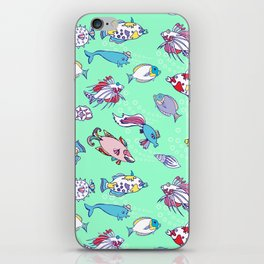 Seamless pattern  with color fishes and bubbles iPhone Skin