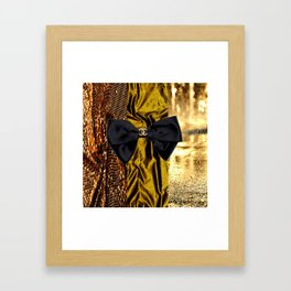COCO GLAMOUR AND VINTAGE : BOW Framed Art Print