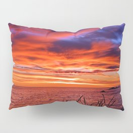 The Mighty Saint-Lawrence at Dawn Pillow Sham