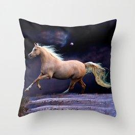 horse galloping Throw Pillow