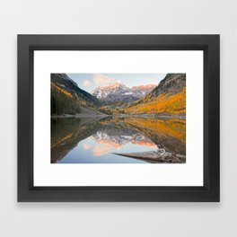 MAROON BELLS COLORADO SUNRISE PHOTO - ASPEN AUTUMN IMAGE - MOUNTAIN PICTURE - LANDSCAPE PHOTOGRAPHY Framed Art Print