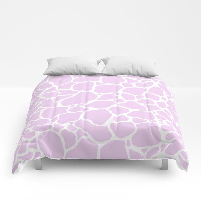 Giraffe 003 Comforters