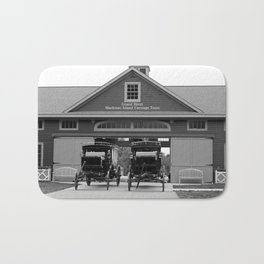 Grand Carriages I Bath Mat