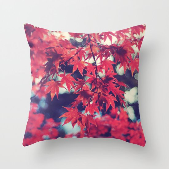 Still autumn in my heart Throw Pillow
