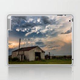 August Eve - Storm Sky Over Old Barn in Oklahoma Laptop & iPad Skin