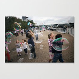 bubbles at the tate Canvas Print