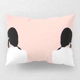 turn around, dezi Pillow Sham