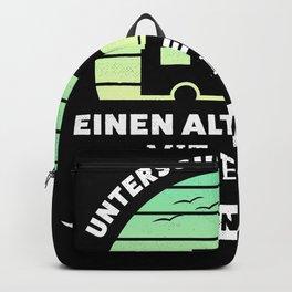 Alter Mann mit Wohmobil Geschenk Backpack