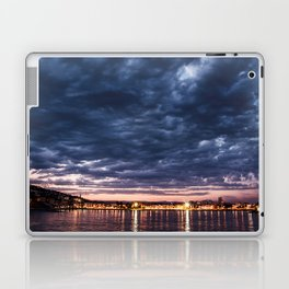 Algo nublado Laptop & iPad Skin